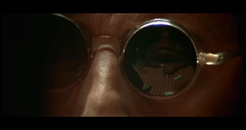 """Kadr z filmu """"Leon"""" , reżyseria Luc Besson, studio: Gaumont, dystrybucja w Polsce: Gaumont, Columbia Pictures"""