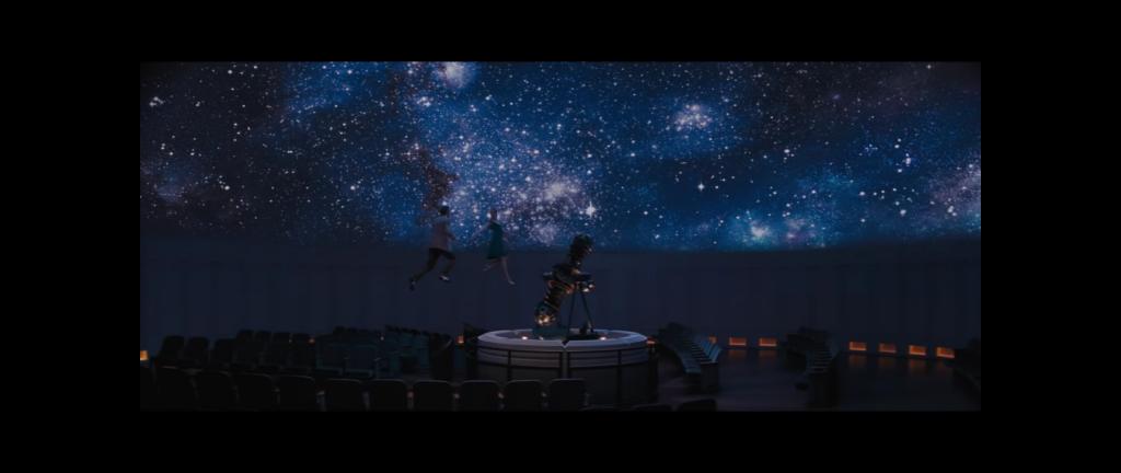 """Kadr z filmu """"La La Land"""" w reżyserii Damiena Chazellea, źródło grafiki trailer filmu, dystrybucja Lionsgate"""