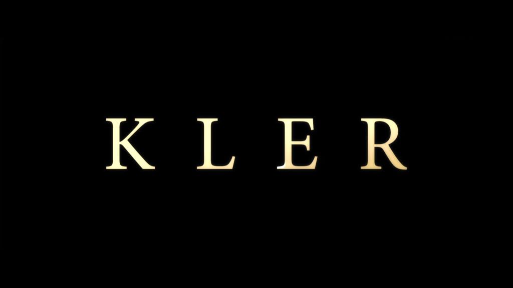 """""""Kler"""" ukazał się w gorącym politycznie okresie lat 2018/2019., źródło grafiki: kanał YouTube Kino Świat Polska, wydawcy recenzowanego obrazu"""